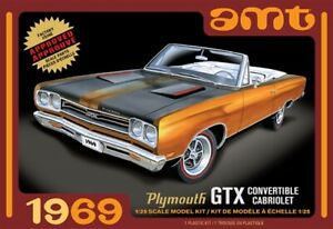 AMT 1/25 1969 Plymouth GTX Convertible image