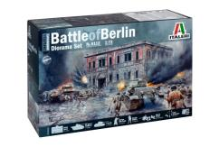 Italeri 1/72 1945 Battle of Berlin image