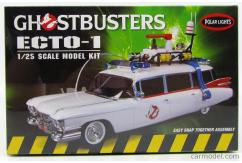 Polar Lights 1/25 Ghostbusters Ecto-1 Snap Kit image