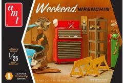 AMT 1/25 Garage Accessory Set #1 - Weekend Wrenchin' image
